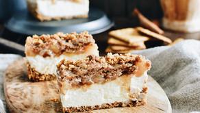 Apple Crumble Baked Cheesecake