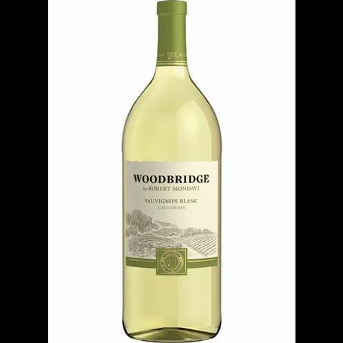 WOODBRIDGE SAUV BLANC