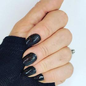 Black nails - Copy.jpg