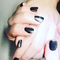 Chrome nails.jpg