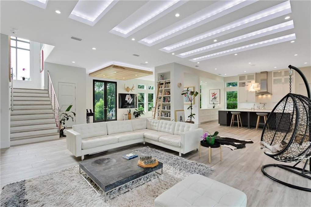 Lake Catherine Living Room.jpg