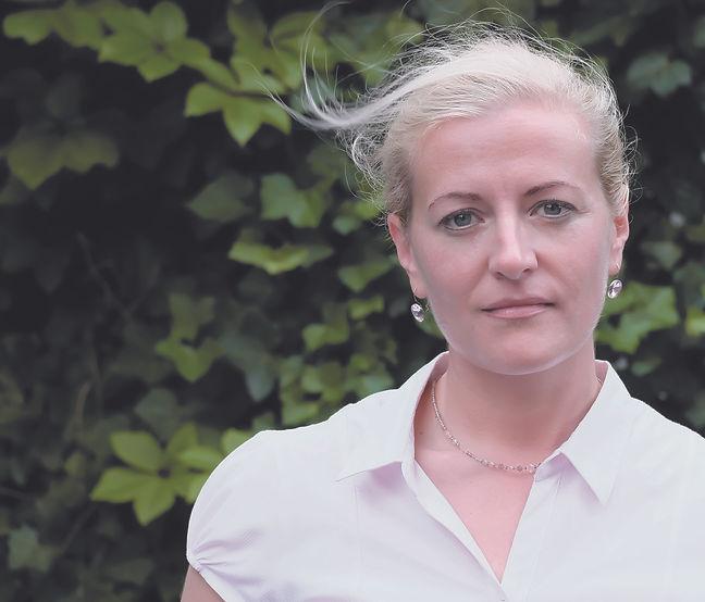 Miriam Bähren (2).jpg