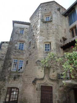 La tour du Pouget