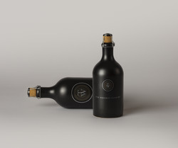 Dark-Liquor-Bottle-Mockup-vol2