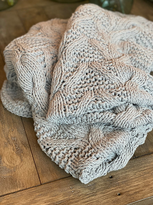 Grey Cotton Cable-knit Throw