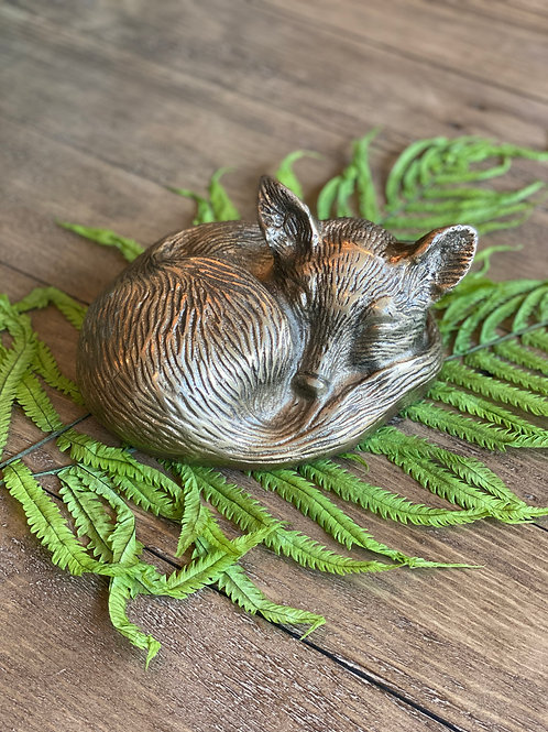 "Sleepy Fox (approx 6"")"