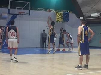 I gialloblù ancora solitari in vetta alla classifica: Basket Valsugana 61- 75 Basket Bee