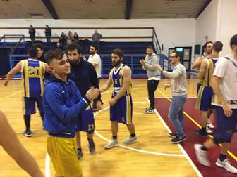 Terza vittoria consecutiva per la Serie D di coach Carbone: Basket Marconi 57 - Basket Bee 66
