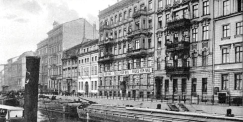 Unbekannt (1910), Blick südöstlich auf Neu-Kölln am Wasser (heute Märkisches Ufer)
