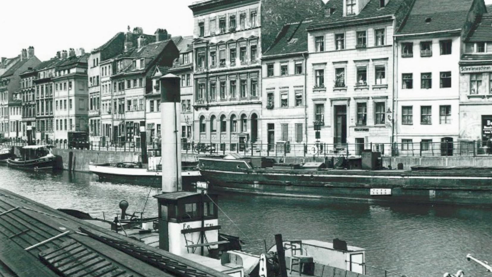 Friedrichsgracht von der Insel-Brücke aus gesehen, 1931