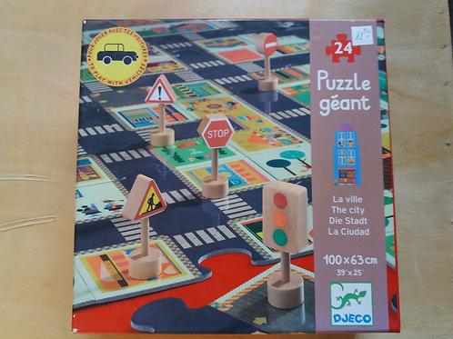 . Puzzle géant la ville