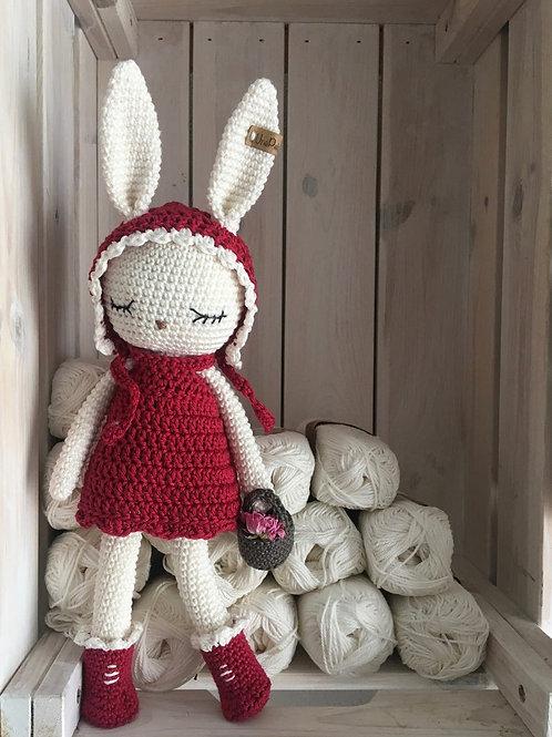 lapin au crochet déguisé en chaperon rouge, chaperon rouge, le cadeau idéal pour