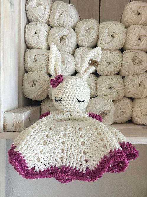 doudou plat crochet, crochet lapin doudou plat, doudou câlin, câliner doudou pla