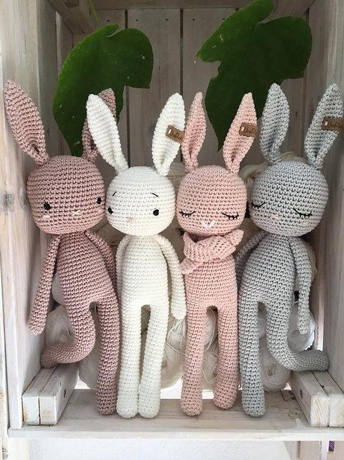 Amigurumi au crochet, lapin LUCKY en  coton, le cadeau idéal pour anniversaire,
