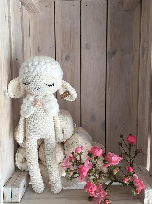 crochet mouton JADE  amigurumi, crochet cadeau mouton naissance, jouet mouton,pe