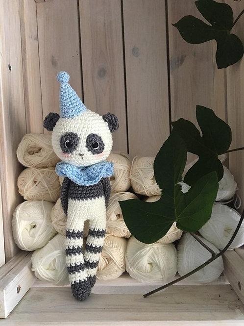 crochet panda avec chapeau de cirque et collerette, cadeau naissance ou séance p