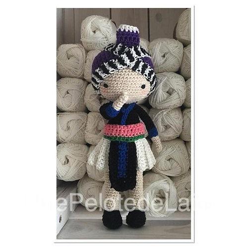poupée HMONG, crochet poupée hmong, cadeau poupée bébé naissance, hmong poupée a