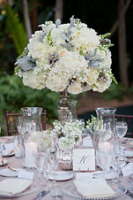 Wedding-Table-Decorations-For-A-Cream-We