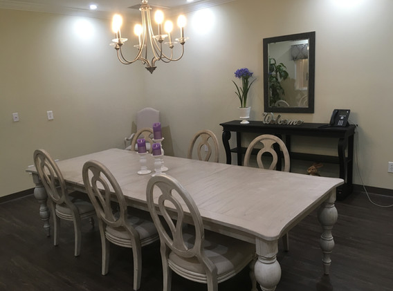 Assisted Living - Family Dining.JPG