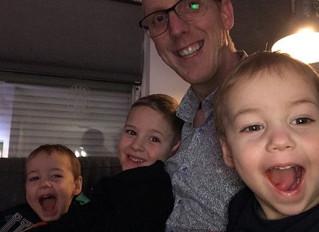 Bruine draad in het leven van een tweelingvader