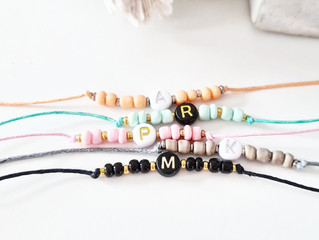 Win! De Sweet Flow initiaal armbandjes voor jouw tweeling