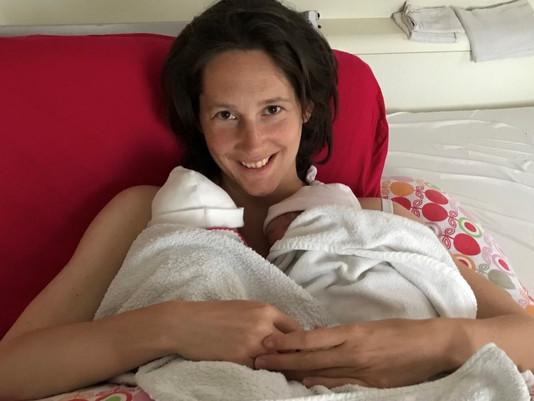 De eerste maand met een tweeling: eten, voeden, slapen