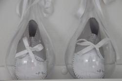 Schoentjes bedrukt met geboortekaart