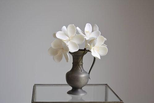 Fleurs de pommier coiffure, fleurs blanches coiffure
