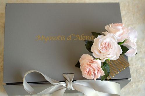 Roses éternelles pour coiffure, peigne décoratif ANDREA