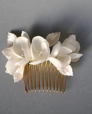 Peigne_fleurs_blanches,_peigne_de_mariée