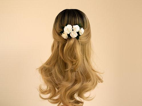Peigne bohème roses blanches, peigne de mariée