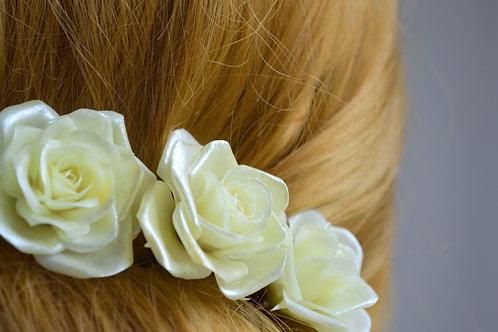 Une rose pour coiffure mariée, pique à cheveux avec une rose