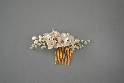 Bijoux de cheveux de mariée, peigne avec des fleurs