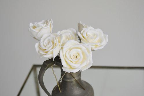 Pic à cheveux roses champagnes