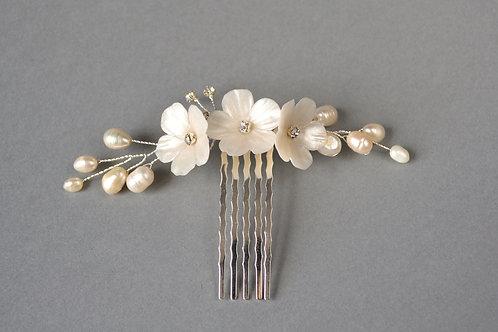 Accessoire cheveux mariée, épingles à chignon fleur blanc