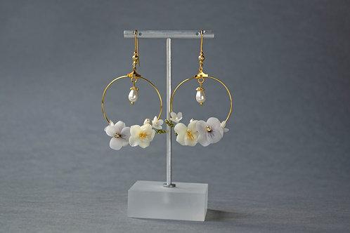 Boucles d'oreilles, bijoux fleuris