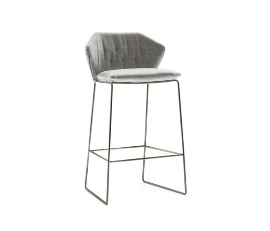New York stool by Saba
