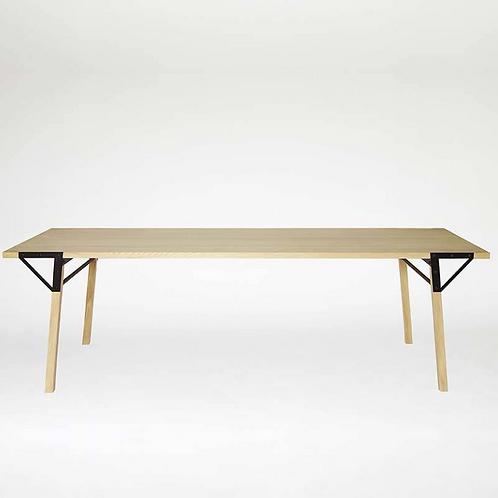 Table T1 Frama 240cm