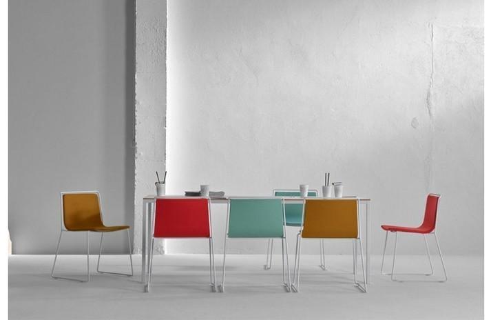 table-de-repas-carree-rectangle-dry-design-ondarreta.jpg