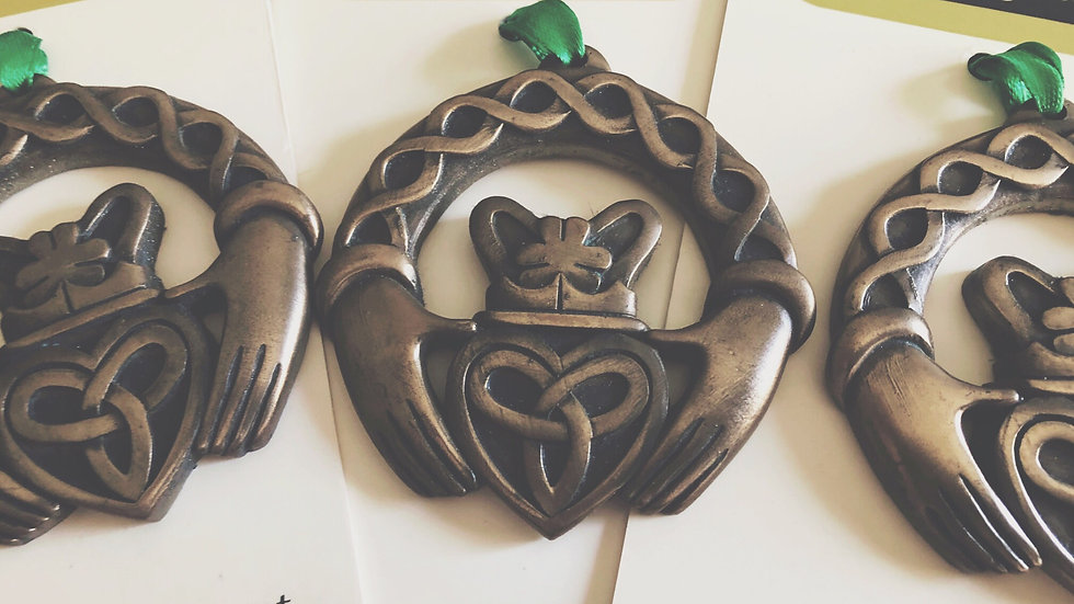 Bronze Plated Ornament-Claddagh