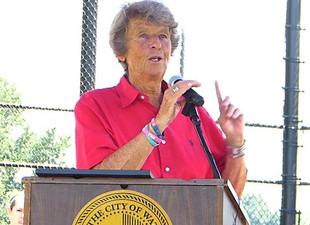 Joan Joyce honored in Waterbury