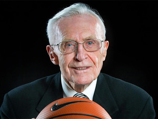 UConn's Dee Rowe, a Gold Key recipient, has passed away at the age of 91