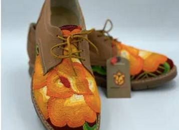 Zapatos bordados - BodadistmoMX