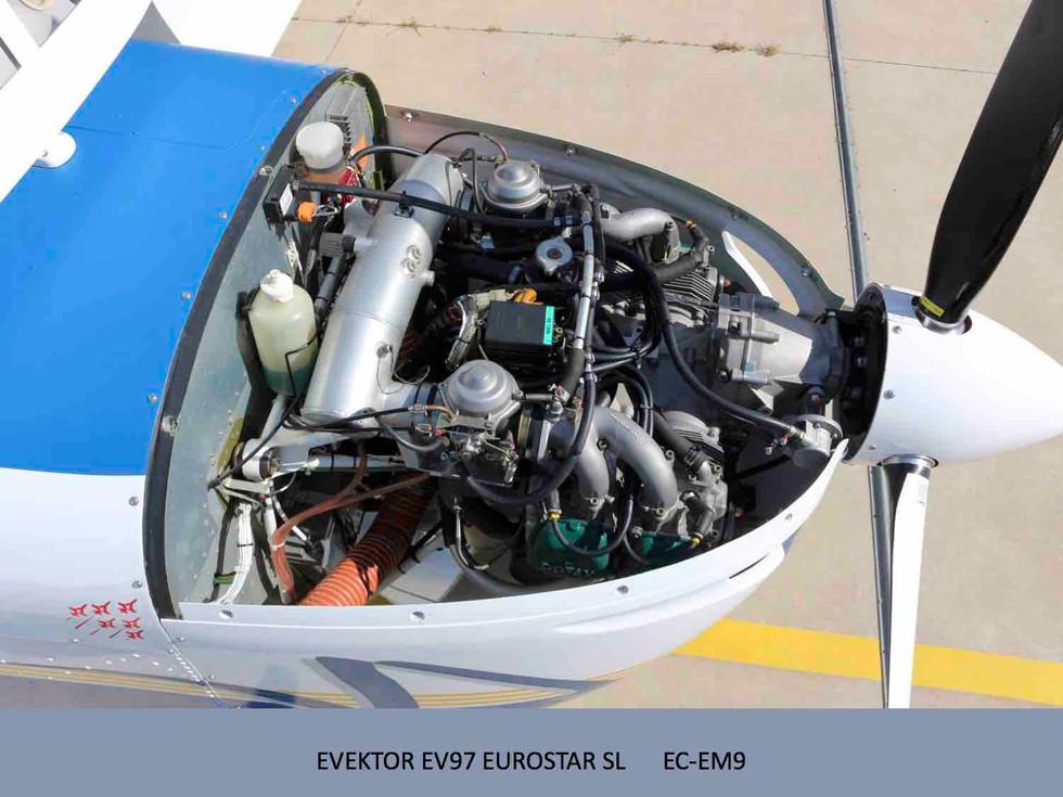 EC-EM9_20175