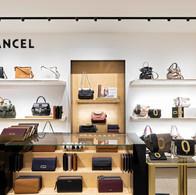 Photographie de la boutique Lancel dans le magasin Le Printemps Lyon