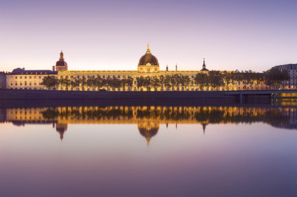 Lyon - Le Grand Hôtel Dieu