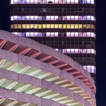 Photographe architecture minimaliste à Lyon, Florian Peallat, parking des Halles de Paul Bocuse
