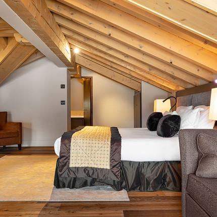 Photographe hôtellerie de luxe à Lyon et Courchevel en station, Penthouse Les Suites de la Potinère du groupe LAVOREL Hôtels. Florian Peallat
