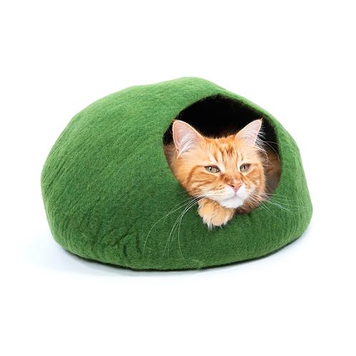 Emerald - Cat Cave