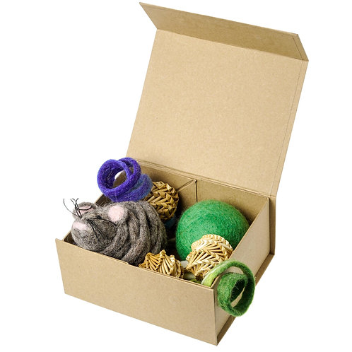 Mimis Daughters - Cat Toy Box